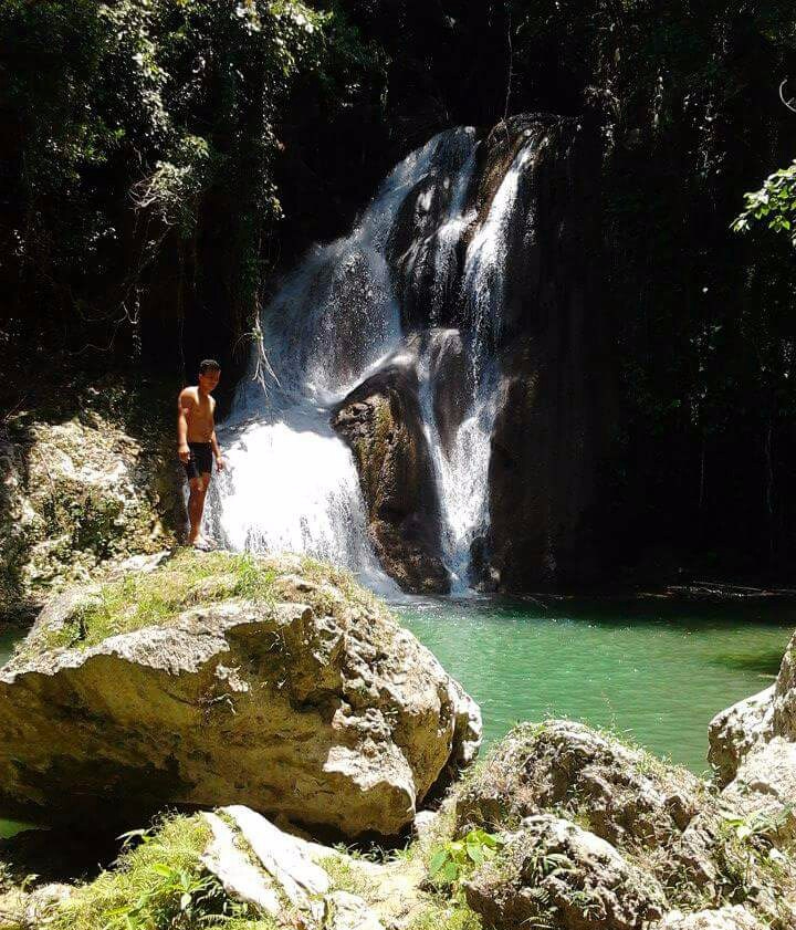 Behold Bohol, Bohol waterfalls, how to get to bohol water falls, backpacking bohol falls