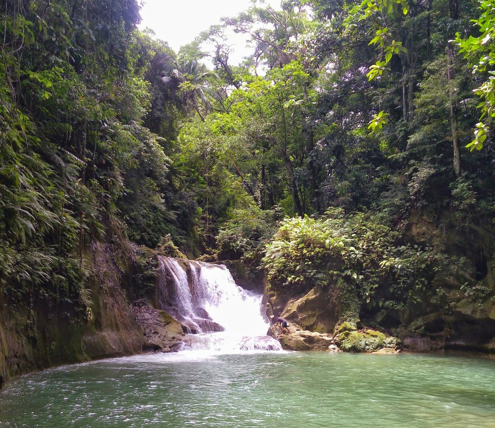 Bohol Blog, Bohol waterfalls, how to get to bohol water falls, backpacking bohol falls